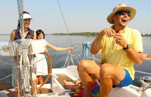 Активный отдых. Речная прогулка на яхте (Днепр, 2014)