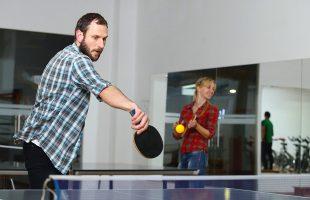 Спортивная жизнь в компании. Теннисный турнир (2016)